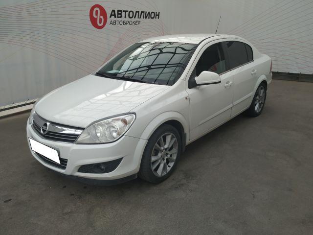 Купить б/у Opel Astra, 2011 год, 116 л.с. в Мурманске