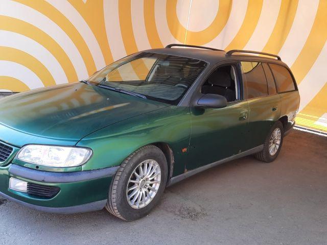 Купить б/у Opel Omega, 1999 год, 105 л.с. в России