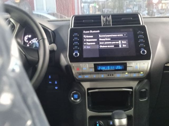Купить б/у Toyota Land Cruiser Prado, 2021 год, 200 л.с. в России