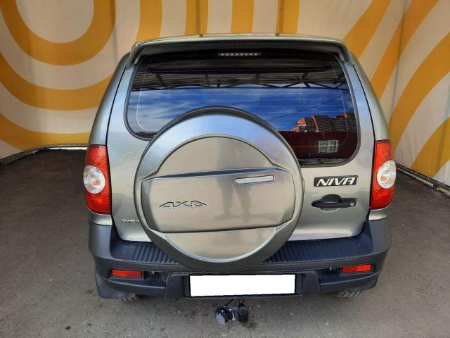 Купить б/у Chevrolet Niva, 2015 год, 76 л.с. в Улан-Удэ