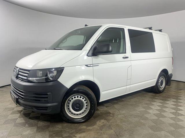 Купить б/у Volkswagen Transporter, 2018 год, 102 л.с. в России
