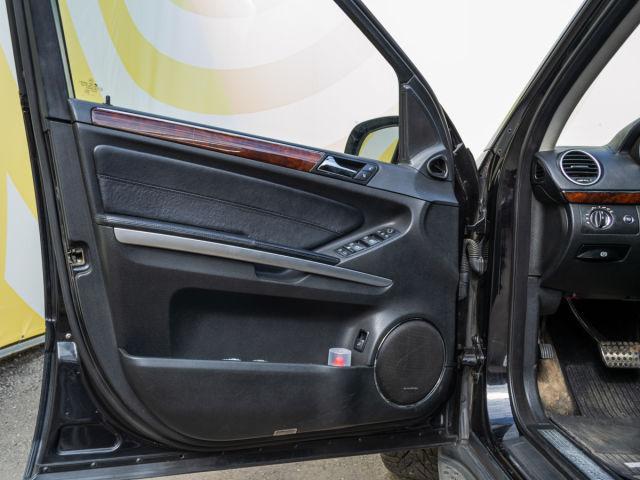Купить б/у Mercedes-Benz GL-класс, 2007 год, 388 л.с. в России