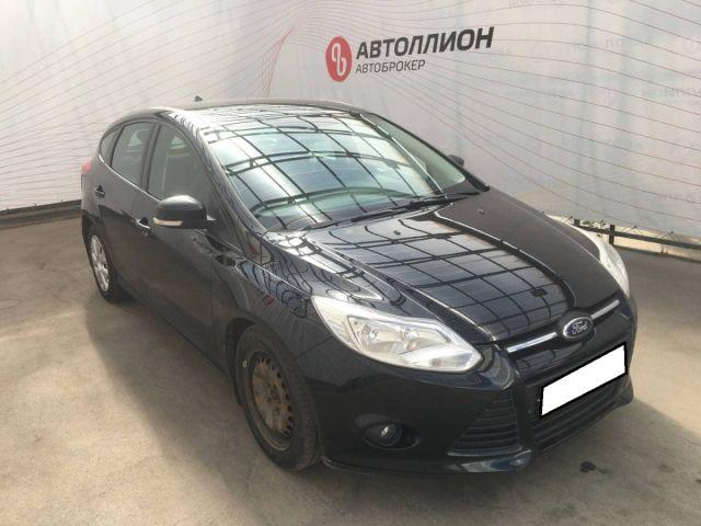 Купить б/у Ford Focus, 2014 год, 104 л.с. в России