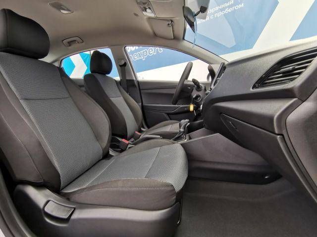 Купить б/у Hyundai Solaris, 2021 год, 123 л.с. в Липецке