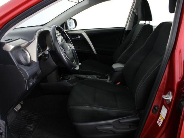 Купить б/у Toyota RAV4, 2013 год, 146 л.с. в Мурманске