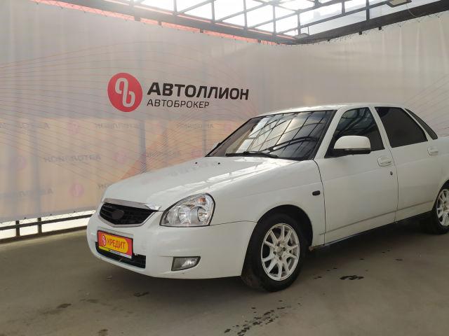 Купить б/у ВАЗ (LADA) Priora, 2011 год, 87 л.с. в России